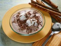 Rotweincreme mit Schneenocken Rezept
