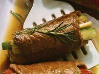 Rouladen mit Zucchinifüllung Rezept