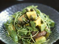 Rucola-Süßkartoffelsalat mit Avocado und Pistazien Rezept