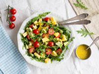Rucolasalat mit Mango, Avocado und Kirschtomaten Rezept