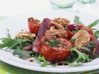 Rucolasalat mit Thunfisch und gebackenen Tomaten Rezept