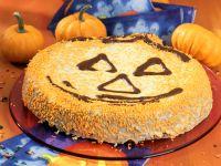 Rübli-Kürbiskern-Halloween-Kuchen Rezept