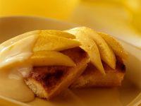 Rührkuchen mit Vanillesauce und Mango Rezept