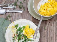 safran pasta mit jakobsmuscheln rezept eat smarter. Black Bedroom Furniture Sets. Home Design Ideas