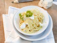 Safranpasta mit Käsesoße Rezept