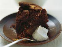 Saftiger Schokoladenkuchen mit Birne Rezept