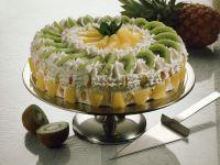 Sahnetorte mit Früchten Rezept