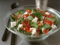 Salat aus Blattspinat mit Ziegenkäse und Bacon Rezept
