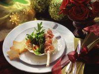 Salat im Parmesankörbchen Rezept