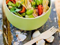 Salat mit dicken Bohnen, Artischocken und Schinken Rezept