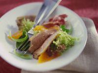 Salat mit Entenbrust und Orangendressing Rezept
