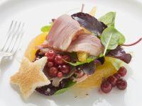 Salat mit geräucherter Entenbrust und Orangen Rezept