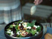 Salat mit Käse und Feigen Rezept