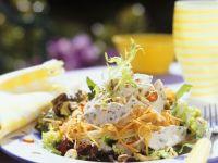 Salat mit Pute und Gemüse Rezept