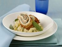 Saltimbocca-Roulade vom Maishuhn mit Risotto