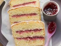 Sandkuchen mit Marmeladenfüllung Rezept