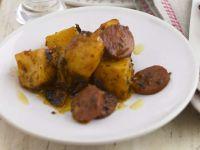 Scharfe Knoblauchwurst-Kartoffeln Rezept