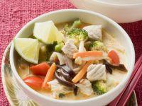 k rbis h hnchen suppe auf thai art rezept eat smarter. Black Bedroom Furniture Sets. Home Design Ideas
