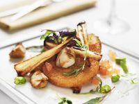 Schnitzel aus Quorn mit Pilzen und Pastinake