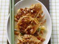 Schnitzel in Mandelpanade mit Kokosgemüse