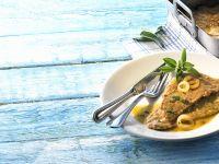 Schnitzel mit Zitronen-Zwiebelsauce Rezept
