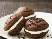 Schoko-Whoopie-Pie mit Creamcheese-Füllung Rezept