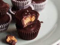 Schokoladenpralinen mit Erdnusskern