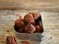 Schokoladentrüffel mit feinem Orangenaroma Rezept