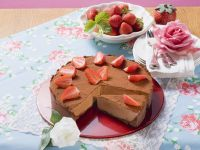 Schokoladenkuchen mit Erdbeeren Rezept