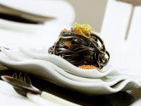 Schwarze Linguine mit Kaviar Rezept