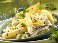 Schwarzwurzelgemüse mit Zitronensauce und Zitronenmelisse