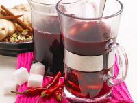Schwedischer Glühwein mit Chilis und Gewürzen Rezept