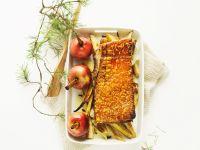 Schweinebraten mit Äpfeln und Gemüse Rezept