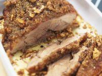 Schweinebraten mit Honig-Walnuss-Haube Rezept