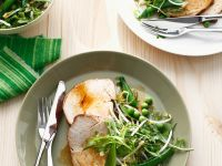 Schweinebraten mit Salat Rezept