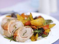 Schweinefilet im Baconmantel mit gemischtem Gemüse Rezept