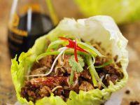 Schweinefleisch mit Krebsfleisch und Shiitake aus dem Wok Rezept