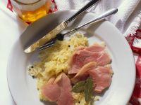 Schweinshaxe mit Sauerkraut Rezept