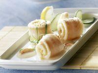 Seezungenrouladen mit Gurke und Zitrone Rezept