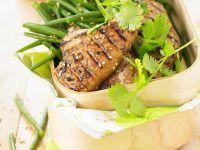 Sesamhähnchen auf grünen Bohnen Rezept
