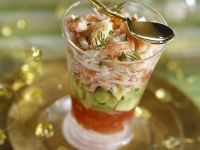 Shrimps mit Avocado und Tomatensoße Rezept