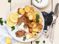 Smarte Fish and Chips mit Joghurt-Dip