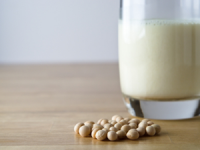 Sojamilch selber machen – die EAT SMARTER Anleitung