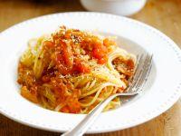 Spaghetti mit Peperoni und Knoblauch Rezept