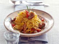 Spaghetti mit Steinpilzen und Paprika Rezept
