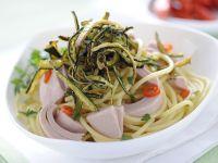 Spaghetti mit Thunfisch und gebratenen Zucchini Rezept