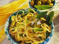 Spaghetti mit Zucchini Rezept