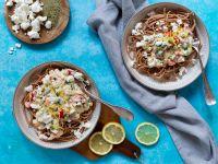 Spaghetti mit Zucchini-Zitronen-Sauce und Feta Rezept