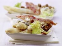 Spargel-Frisée-Salat
