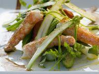 Spargel-Gemüsessalat mit gebratenem Kaiserhummer Rezept
